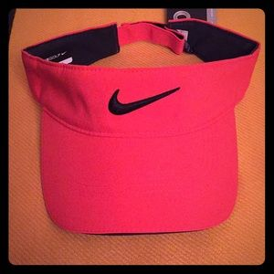 🆕 Nike Adult Unisex Visor